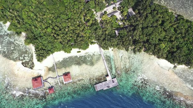 KOREKSI KEPSYEN: Foto aerial Pulau Sebaru Kecil di Kepulauan Seribu, Jakarta, Senin (26/2/2020). Pulau tersebut akan menjadi lokasi observasi 188 WNI ABK World Dream. ANTARA FOTO/Akbar Nugroho Gumay/ama.