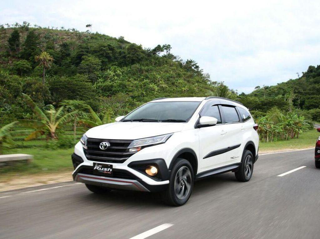 Toyota Rush Jadi Raja Low SUV di Indonesia