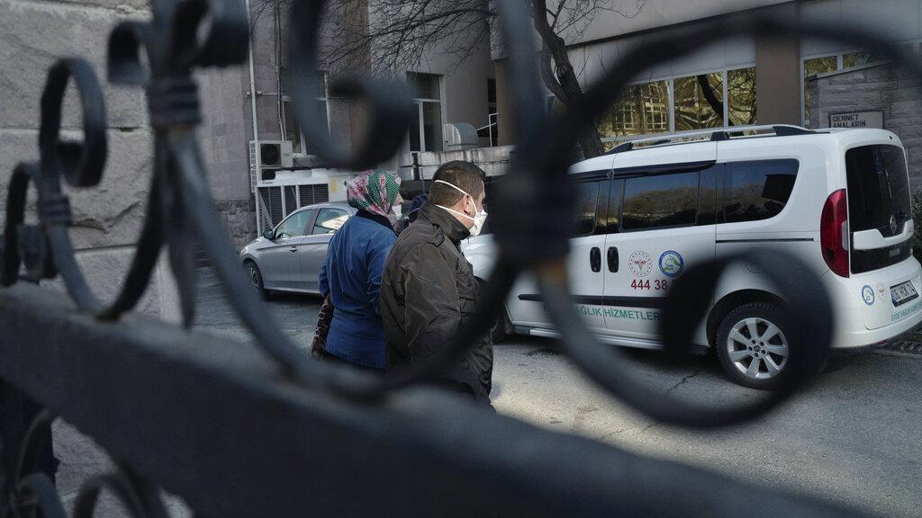 Warga Turki yang Dievakuasi dari Iran Dikarantina Terkait Corona
