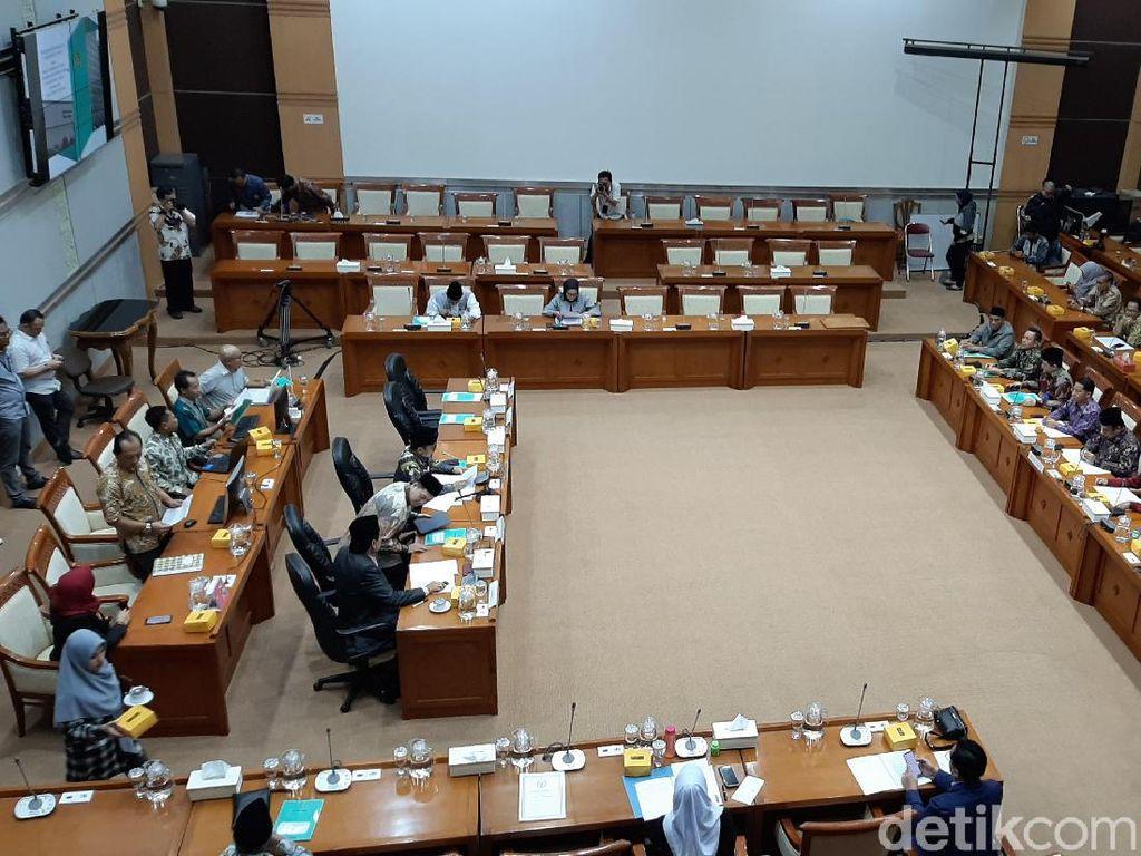 Komisi VIII Tanya Menag Sertifikasi Majelis Taklim-Perusakan Rumah Ibadah