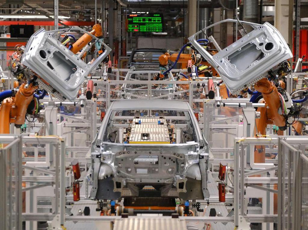 Menperin Sebut Produksi Mobil Melonjak 172% di Kuartal III-2020