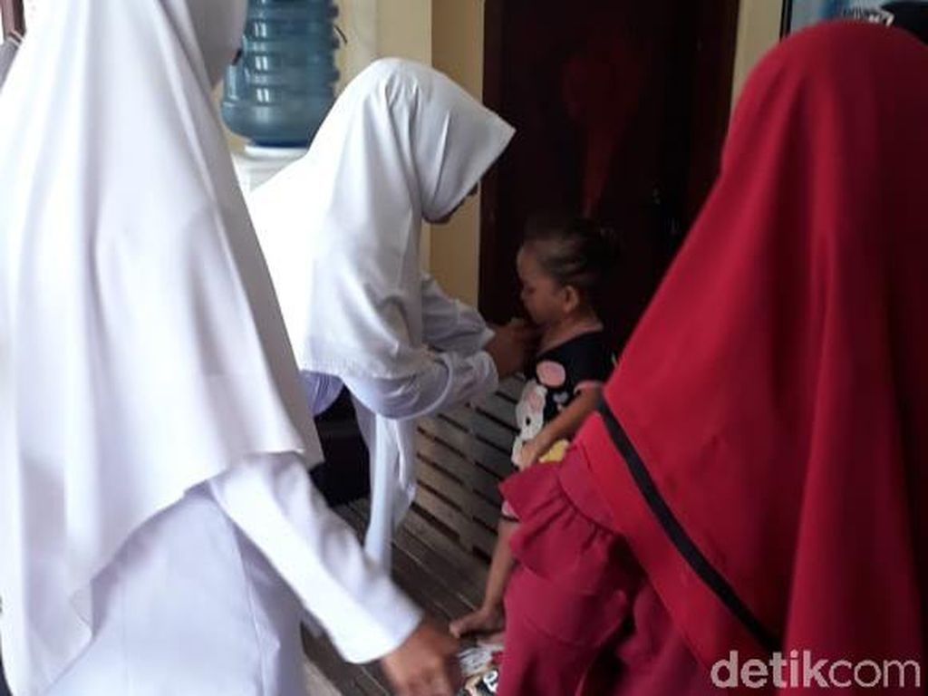 Warga Aceh Timur Geger Penemuan Anak 2 Tahun Nangis di Pinggir Jalan