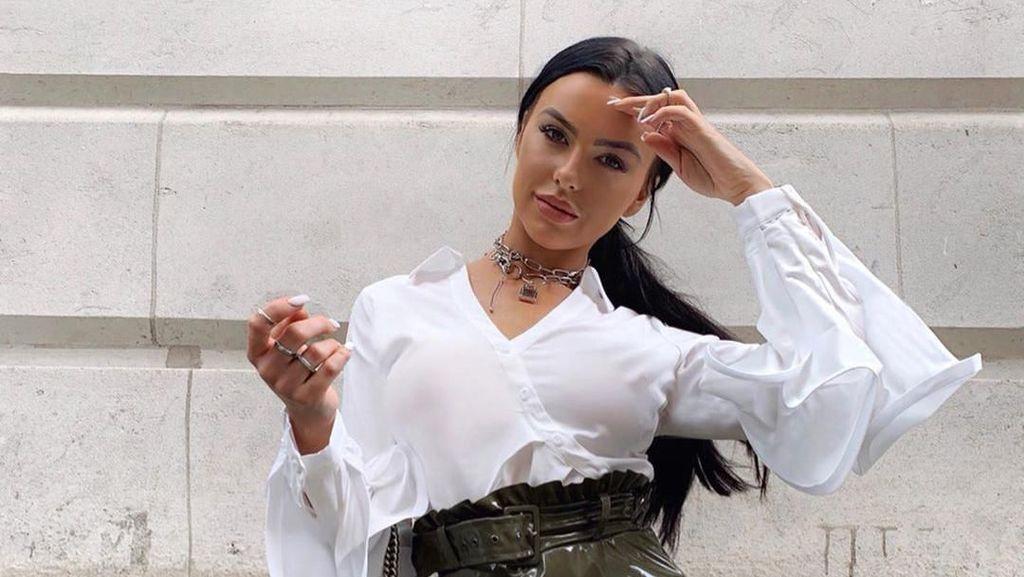 Potret Selebgram Cantik yang Tolak Tawaran Rp 1,8 M untuk Temani Pria Arab