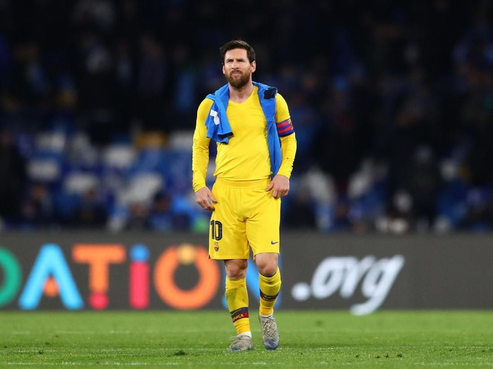 NAPLES, ITALY - FEBRUARY 25: Lionel Messi of FC Barcelona looks on following their draw in the UEFA Champions League round of 16 first leg match between SSC Napoli and FC Barcelona at Stadio San Paolo on February 25, 2020 in Naples, Italy. (Photo by Michael Steele/Getty Images)