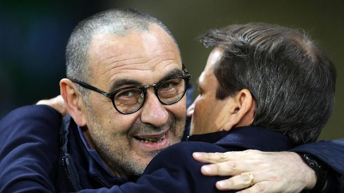 LYON, FRANCE - FEBRUARY 26: Juventus head coach Maurizio Sarri during the UEFA Champions League round of 16 first leg match between Olympique Lyon and Juventus at Parc Olympique on February 26, 2020 in Lyon, France. (Photo by Catherine Ivill/Getty Images)