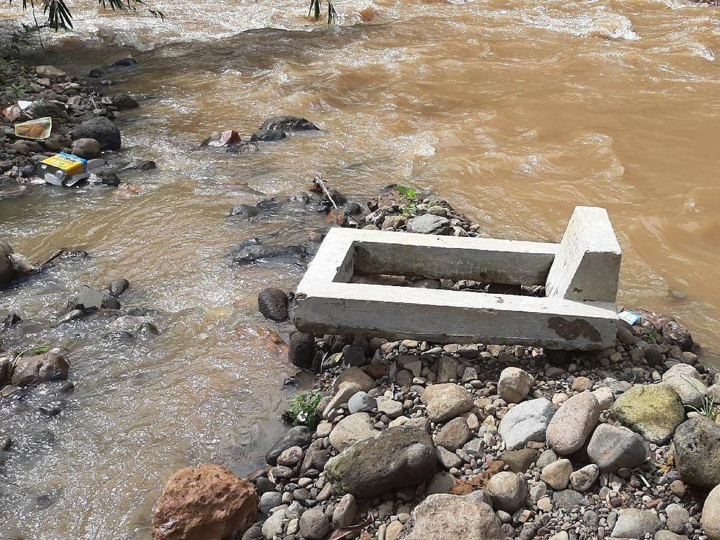 Longsor Makam di Bogor Terjadi 4 Kali Dalam Dua Bulan Terakhir