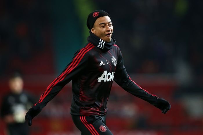 MANCHESTER, ENGLAND - JANUARY 29:  Jesse Lingard of Manchester United warms prior to the Premier League match between Manchester United and Burnley at Old Trafford on January 29, 2019 in Manchester, United Kingdom.  (Photo by Alex Livesey/Getty Images)