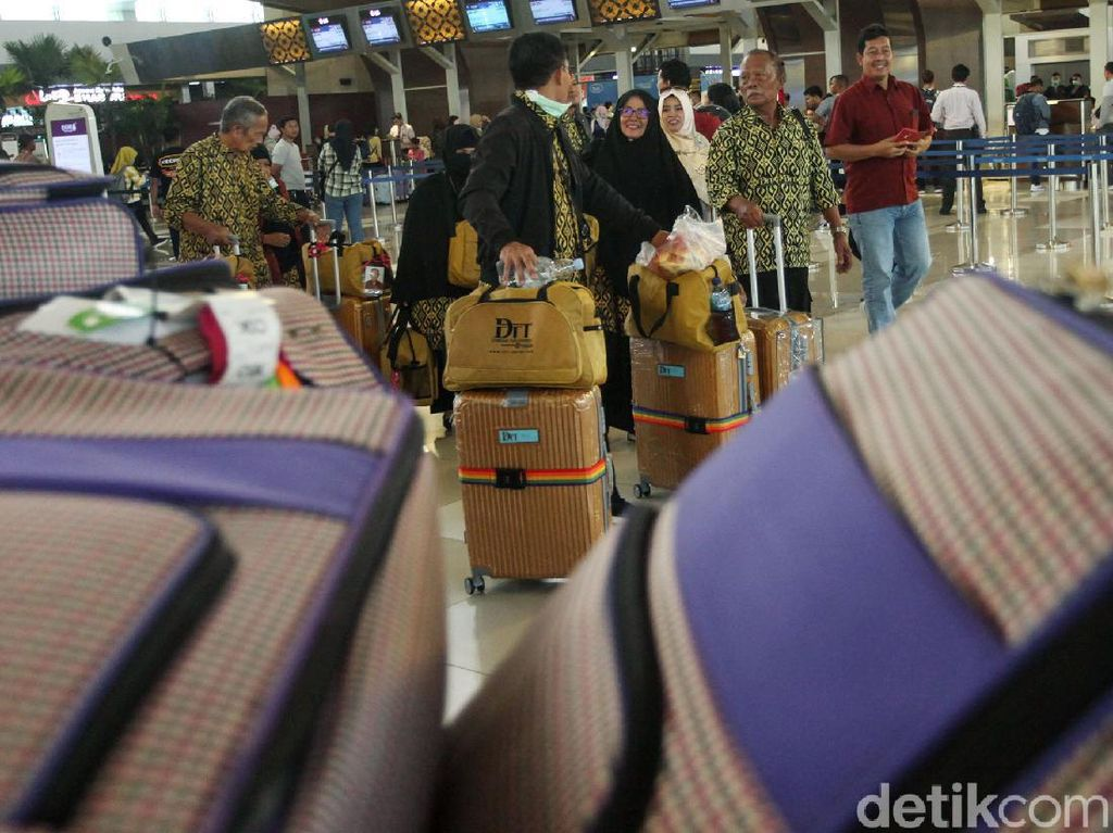 Kisah Tragis Biro Travel Umroh Kena Imbas Corona