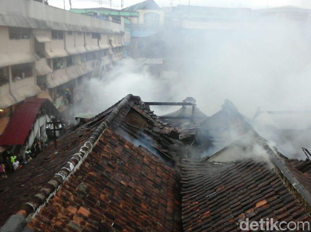 Api Lalap Lima Ruko di Pasar Bogor