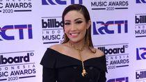 Giat Olahraga, Ayu Dewi Target Punya Badan Mirip Kim Kardashian