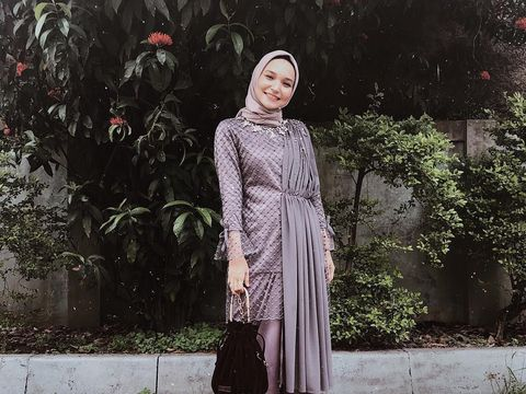 10 Recommended Hijab Materials Suitable for Graduations