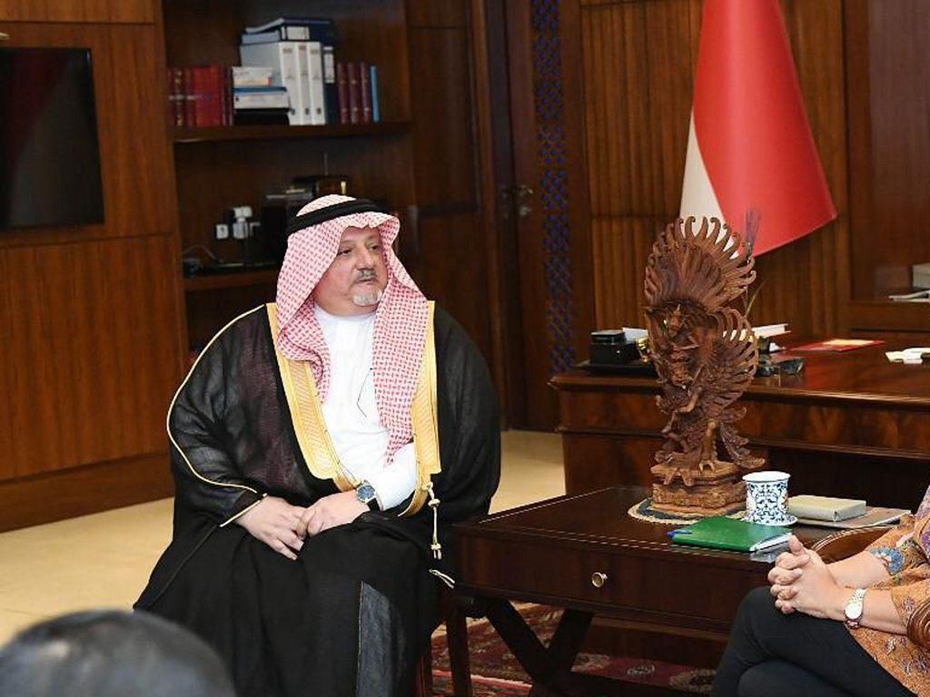 Arab Saudi: Bukan Berarti RI Positif Corona Meski WNI Dicegah Masuk