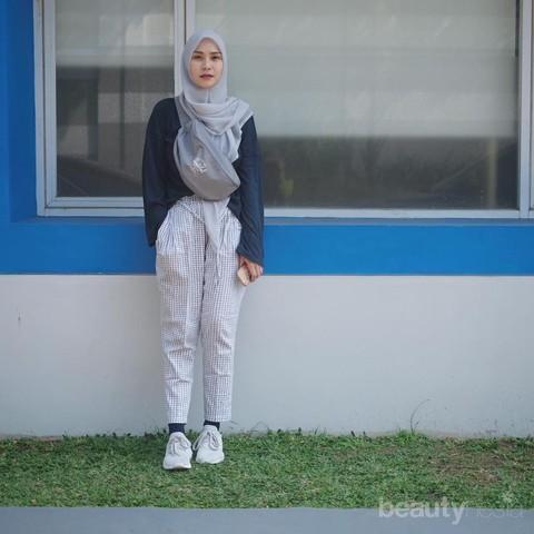 Rekomendasi Tutorial Hijab Segi Empat Gak Melulu Dililit Ke Belakang