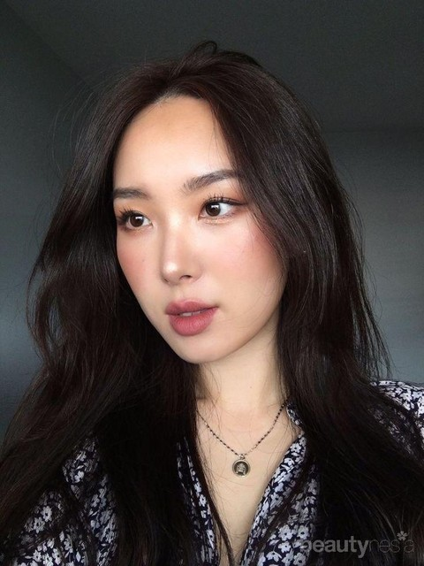 Jangan Asal, Begini Cara Aplikasi Make Up Ala Korea yang