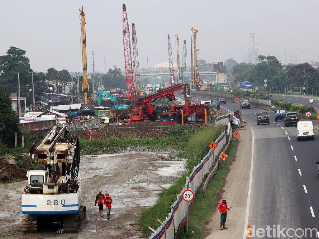 Jokowi Setuju Kereta Cepat Jakarta-Bandung Disambung ke Surabaya