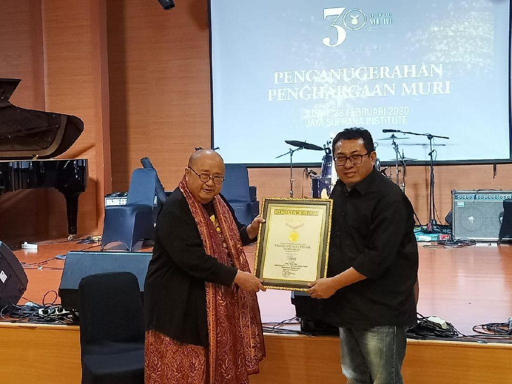 Pecahkan Rekor, SMSI Raih Penghargaan MURI