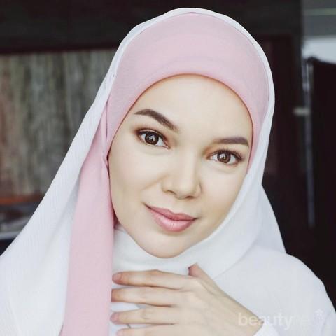Bosan Dengan Gaya Hijab Kamu Coba Style Dewi Sandra Biar Foto Instagram Makin Kece