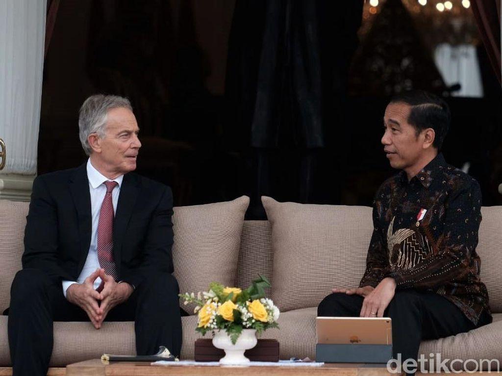 Fadli Zon Kritik Jokowi: Tony Blair Ahli Hoax soal Irak