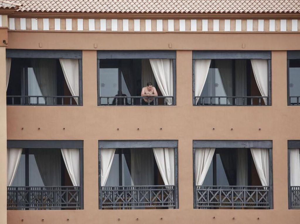 Pengusaha Hotel Babak Belur Diserang Corona