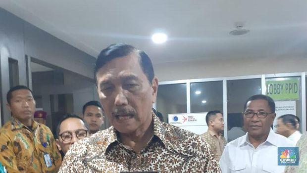 Menko Maritim Luhut Binsar Pandjaitan (CNBC Indonesia/Anisatul Umah)
