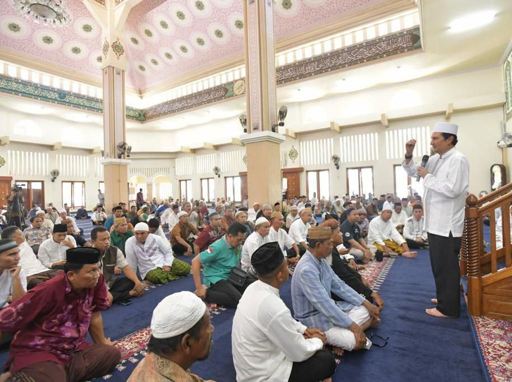 Bertandang ke Gorontalo, Pimpinan MPR Sampaikan Wacana Amandemen UUD