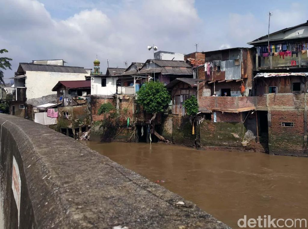 Soal Pengendalian Banjir, Pemprov DKI: Naturalisasi dan Normalisasi Sama Saja