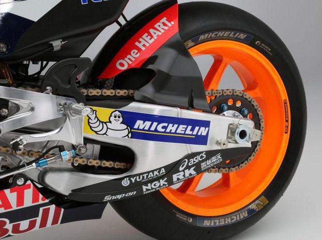Berapa Durasi Penggantian Komponen Motor MotoGP? Ban Cuma Tahan 120 km