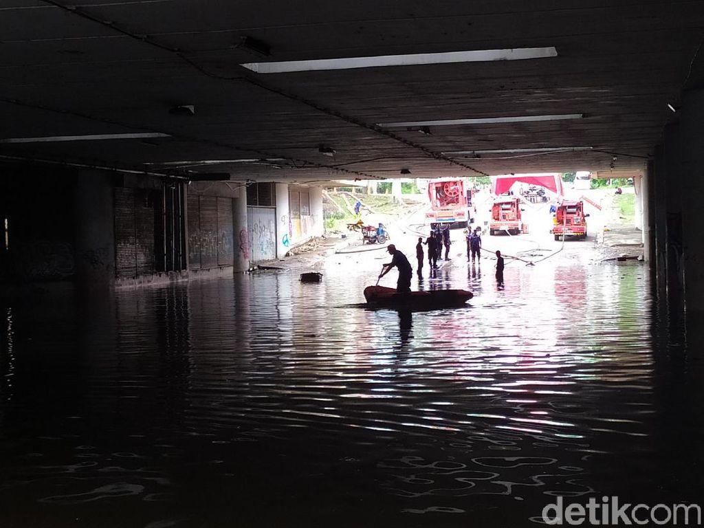 Banjir Underpass Kemayoran Diprediksi Surut Malam Ini