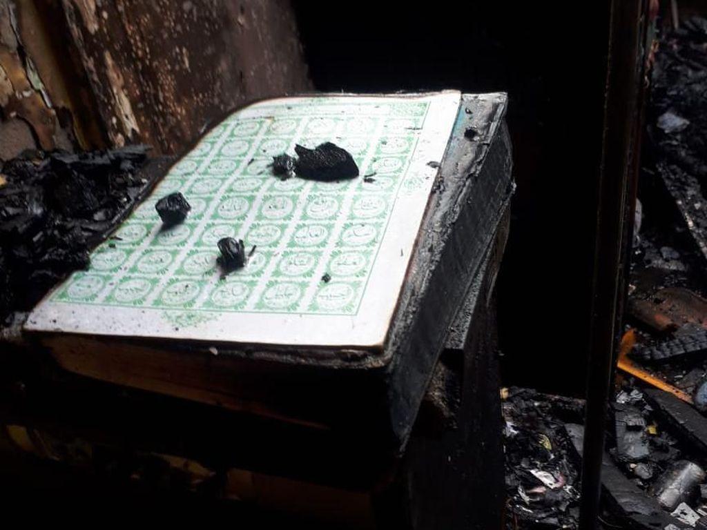 Selain Al-Quran Utuh, Pernah Ada Ruang Ibadah Tak Tersentuh Api Kebakaran