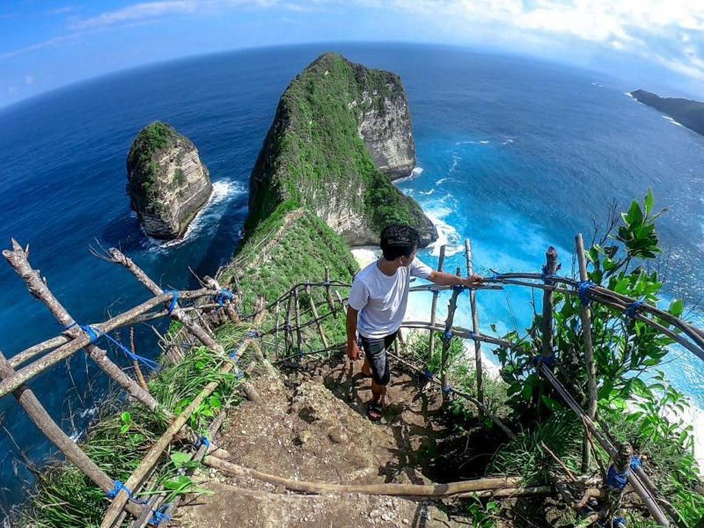Nusa Penida, Keindahan Pulau Dewata yang Tak Biasa