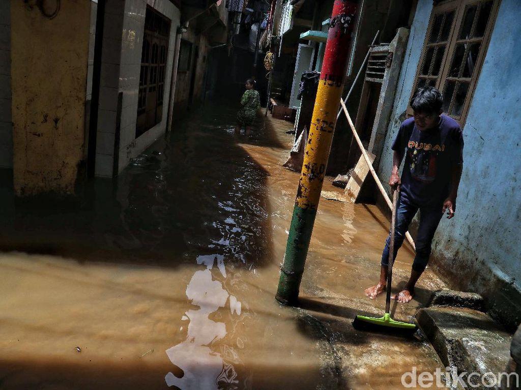 Titik Banjir di Jakarta Bertambah Jadi 56 RT, 257 Warga Mengungsi