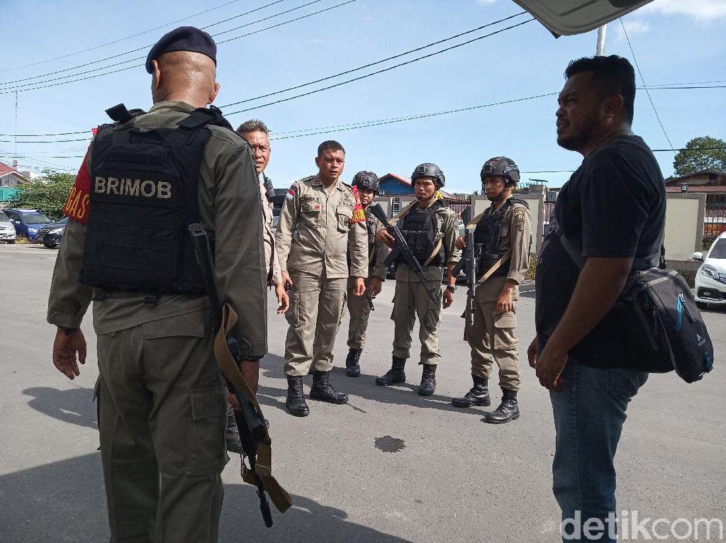 Ditembaki KKSB, Polsek Tembagapura Di-back Up 100 Personel Brimob Bengkulu