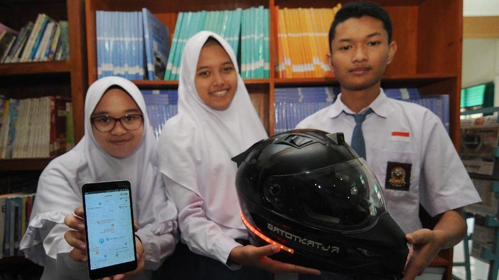 Canggih! Helm Pintar Ini Buatan Anak SMA di Boyolali Lho