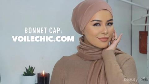 Gaya Hijab Segi Empat Untuk Pergi Ke Kantor