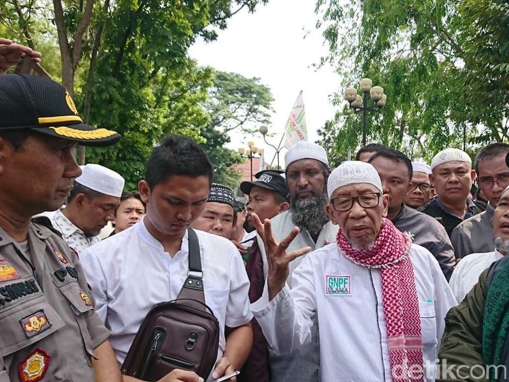 Massa Ormas Islam Demo Konjen India di Medan, 2 Waket DPRD Sumut Ikut