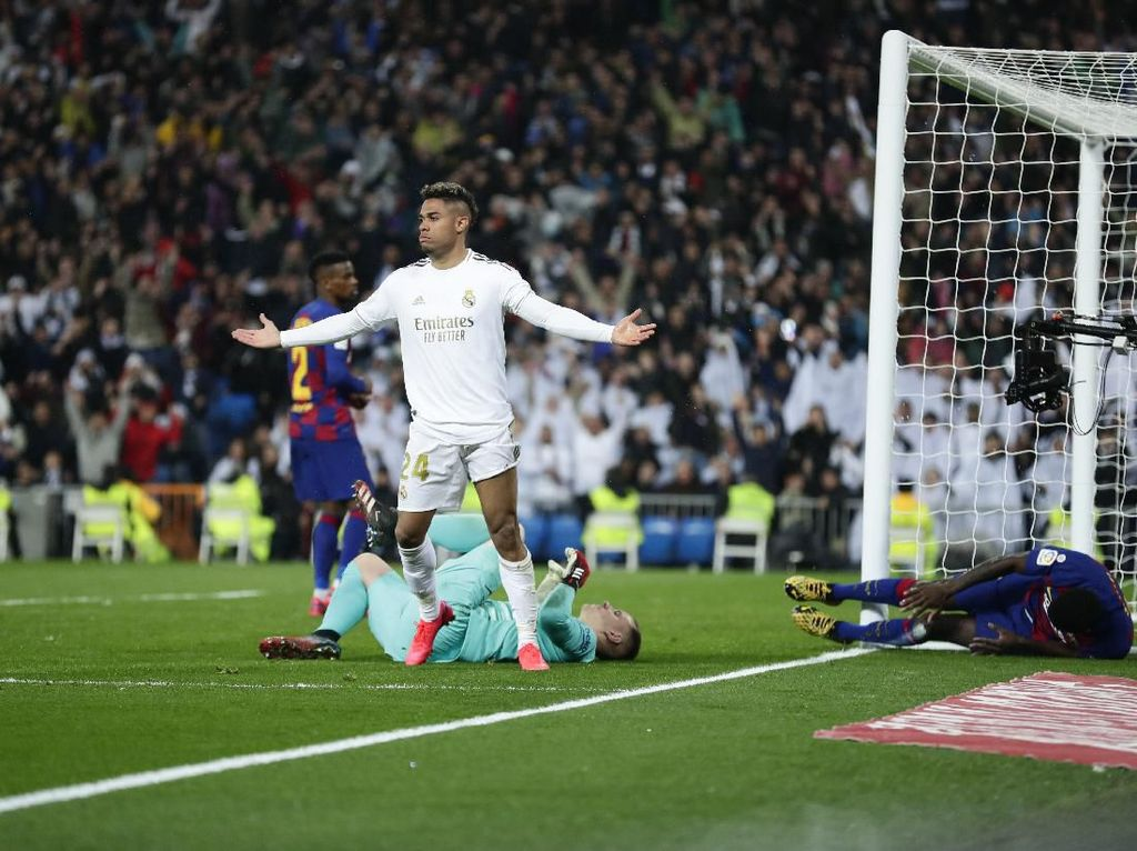 Mariano Diaz Bikin Rekor Gol 50 Detik ke Gawang Barcelona