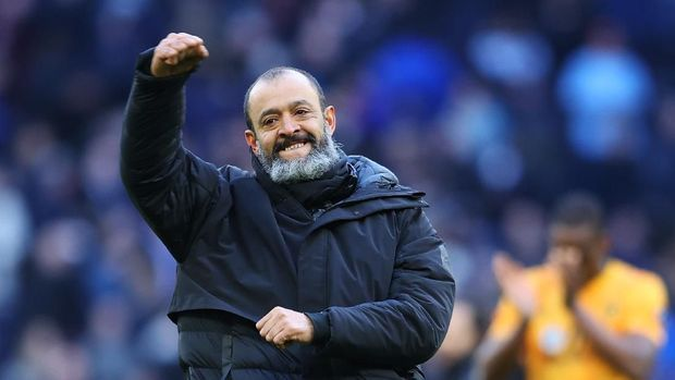 LONDON, ENGLAND - MARCH 01: Nuno Espirito Santo, Manager of Wolverhampton Wanderers celebrates following the Premier League match between Tottenham Hotspur and Wolverhampton Wanderers at Tottenham Hotspur Stadium on March 01, 2020 in London, United Kingdom. (Photo by Richard Heathcote/Getty Images)