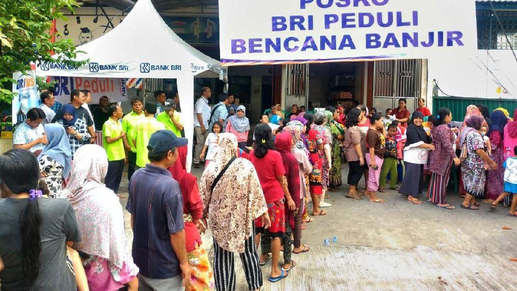 BRI Peduli Korban Banjir Jakarta