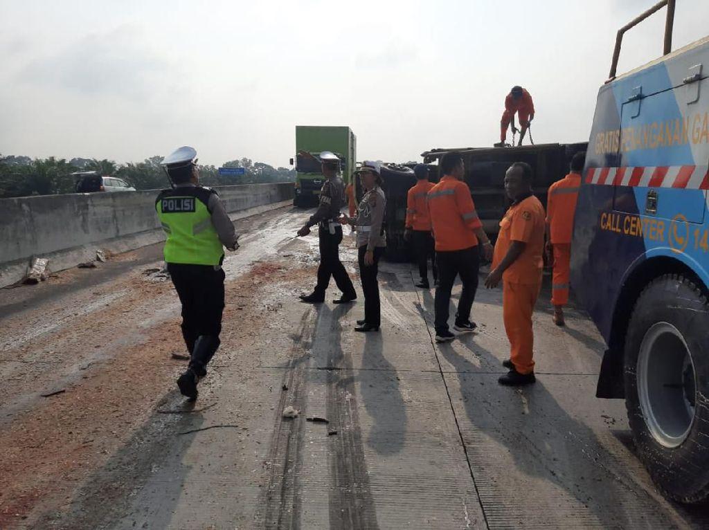 Kecelakaan Maut di Tol Tebing Tinggi Arah Medan, 1 Orang Tewas-6 Terluka