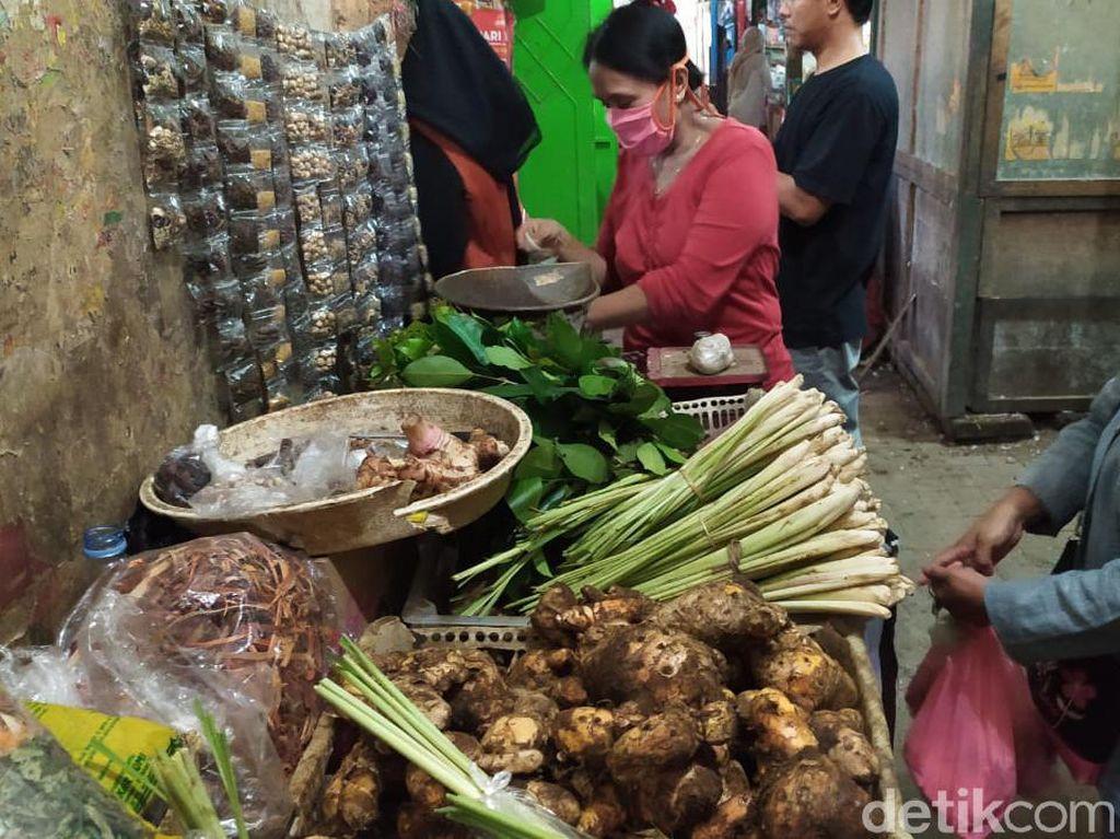 Paket Empon-empon Corona Dijual di Pasar Purwokerto, Apa Saja Isinya?