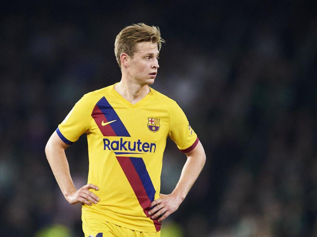 De Jong Kurang Puas dengan Musim Perdananya di Barcelona