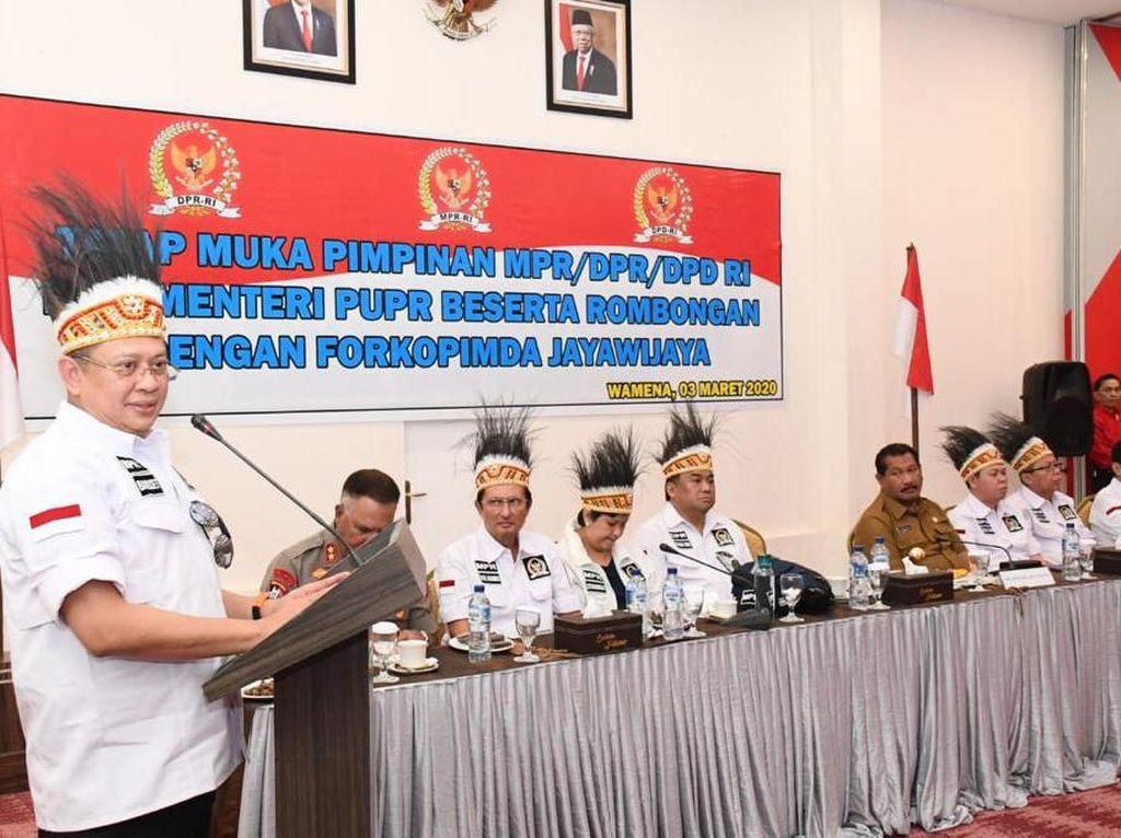 Kunker, Ketua MPR Ingin Papua Jadi Golden Gate Indonesia Timur