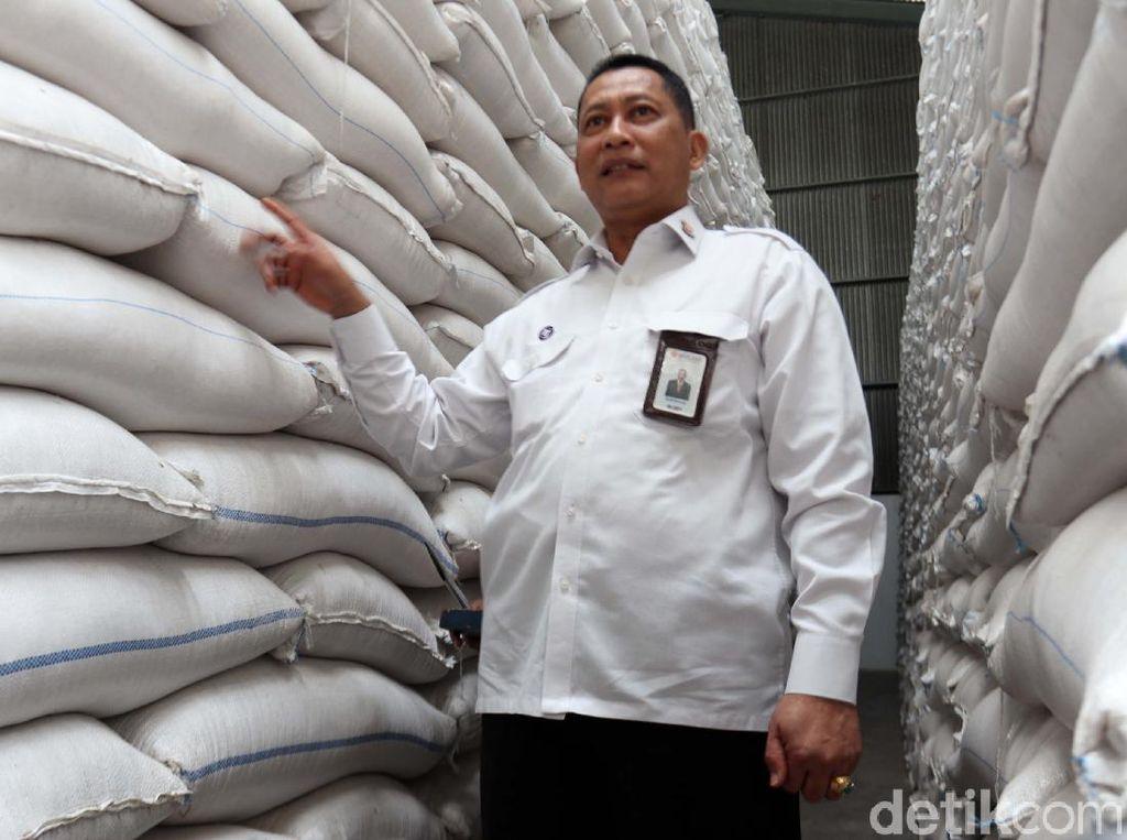 Impor 22.000 Ton Gula, Bulog Pastikan Harga Jual Rp 12.500/Kg
