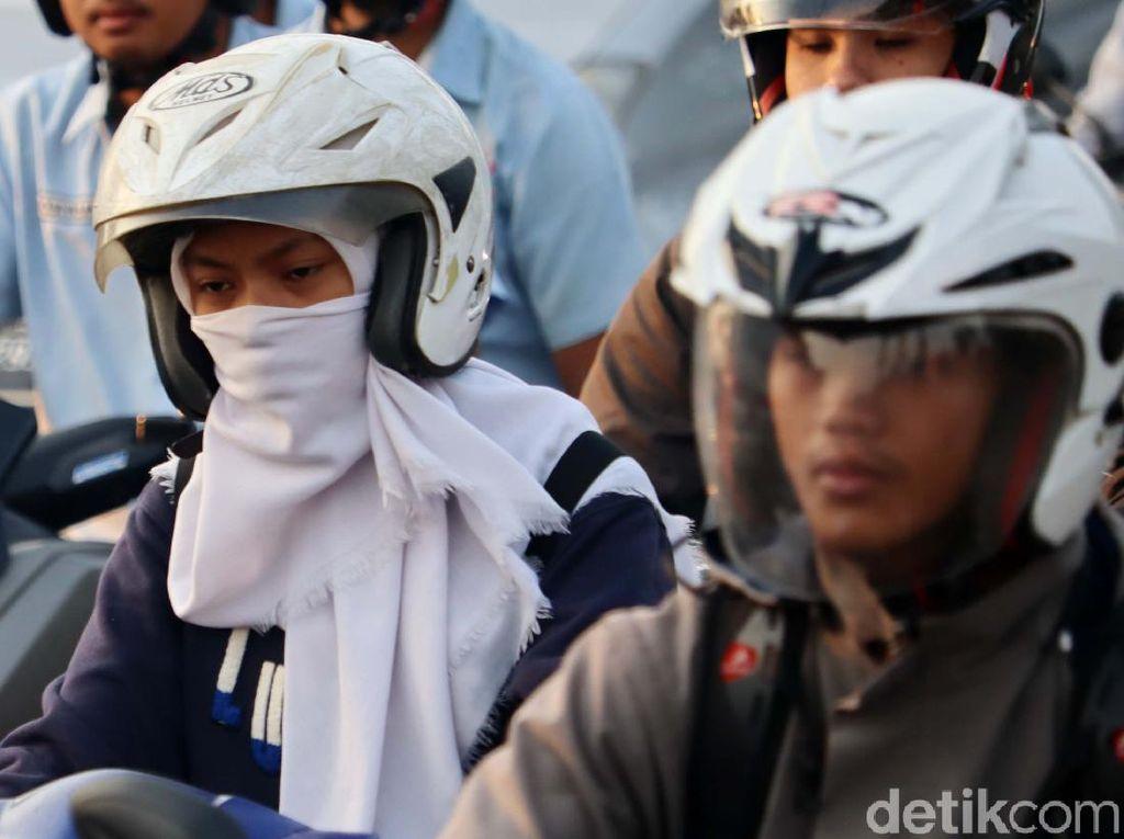 Wahai Bikers: Masker Kain Tak Ampuh Tangkis Corona