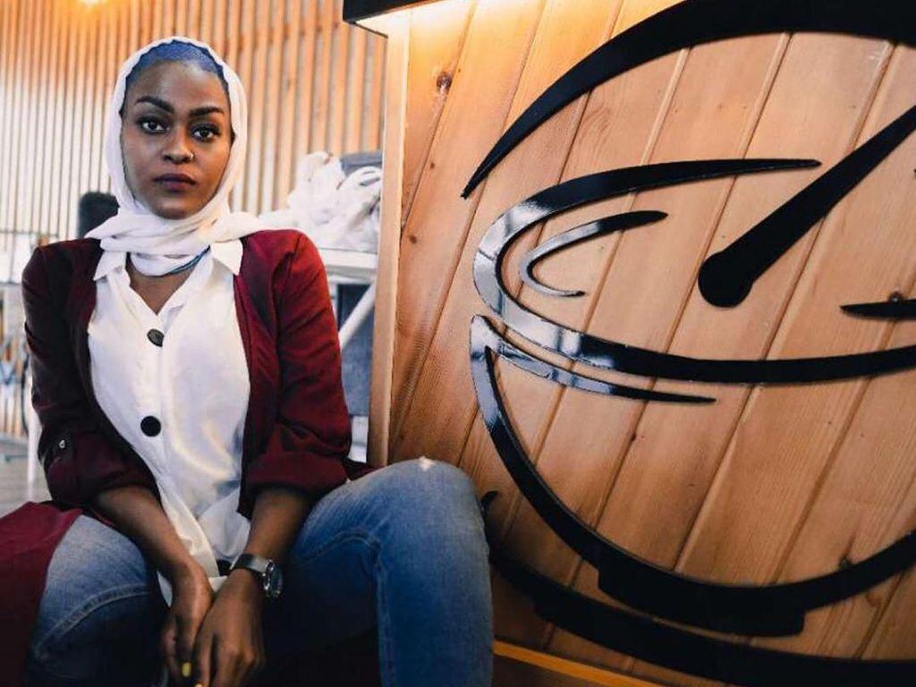 Foto: Ini Penyanyi Wanita yang Diburu Pangeran Arab karena Lagu Hina Mekah