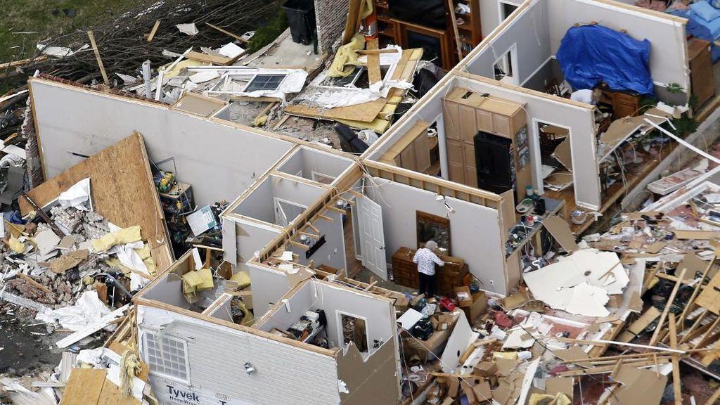 Begini Kerusakan Akibat Tornado di Tennessee
