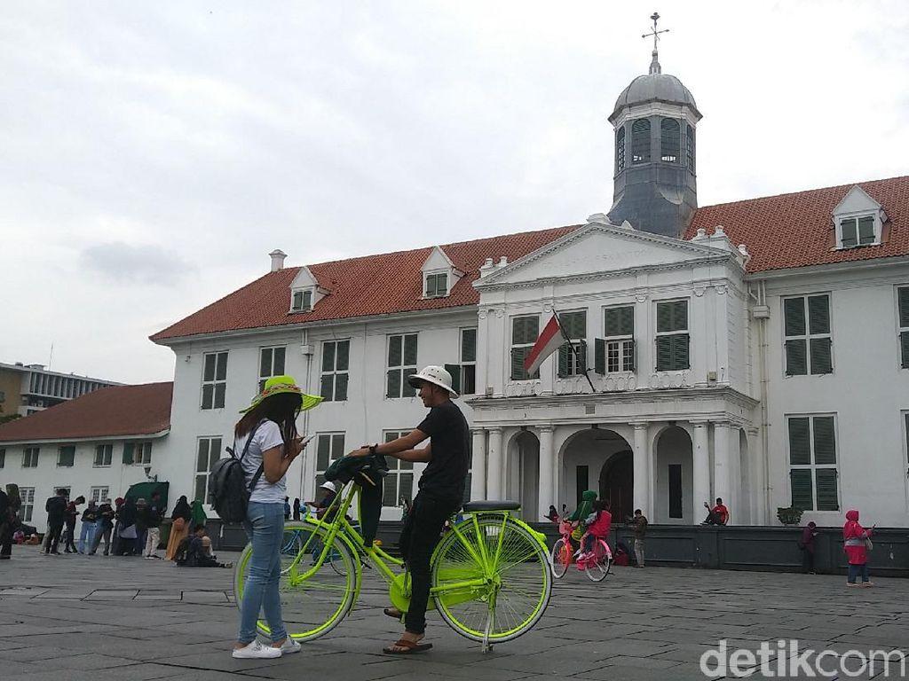 76% Wisatawan Indonesia Pilih Wisata Domestik di Kala Pandemi