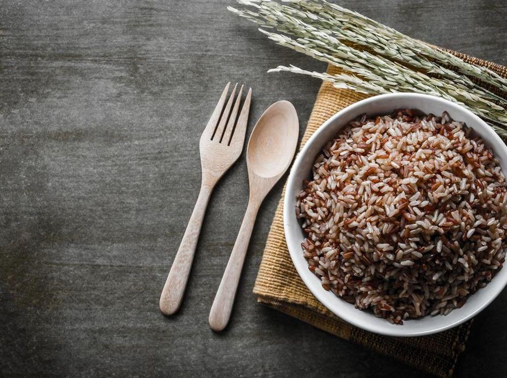 Jaga Daya Tahan Tubuh, Yuk Konsumsi 6 Jenis Makanan Ini!