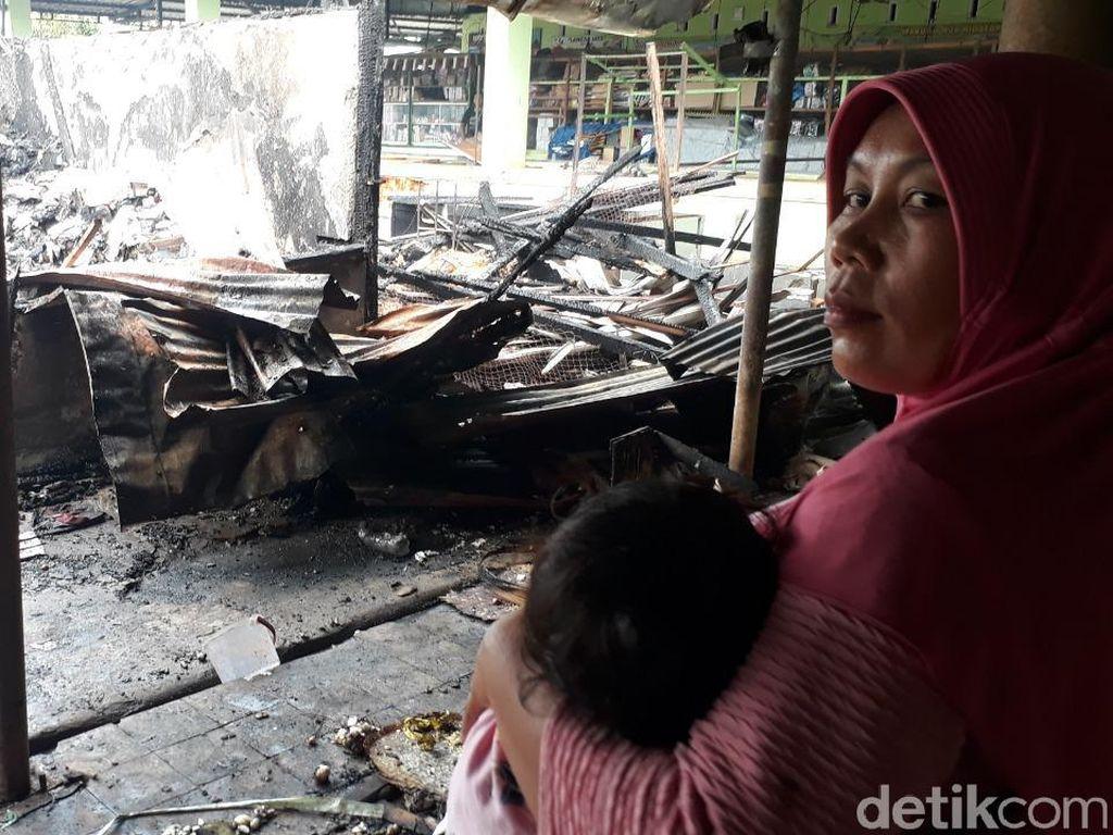 Pasar Baru Tuban Terbakar, Ini Kesedihan dan Keinginan Para Pedagang