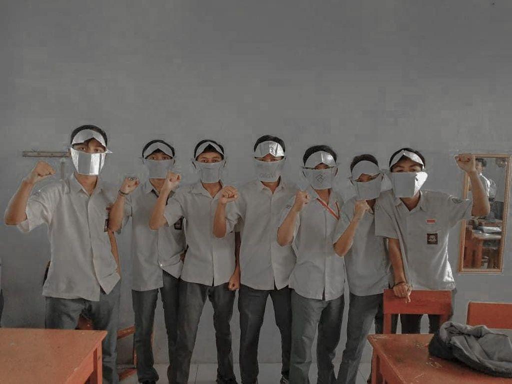 Viral di Cianjur, Pelajar SMK Bertopeng Kertas Gegara Masker Mahal